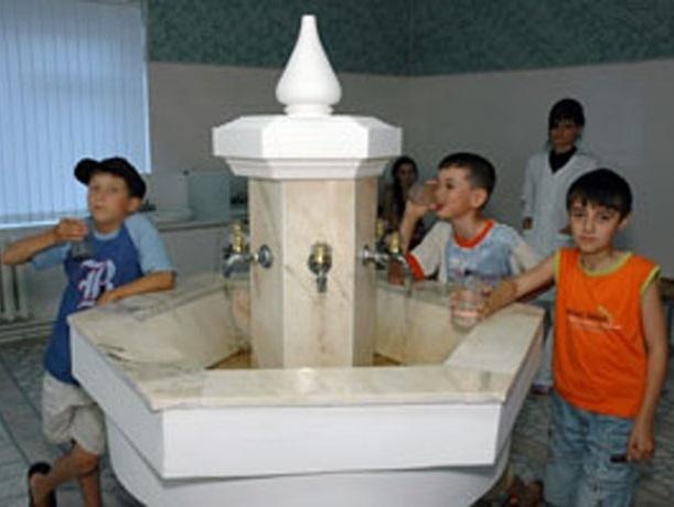 Полсотни ребят из Шахт отправились на отдых в детский санаторий