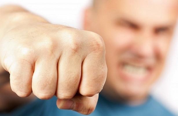 Житель Шахт в пьяной ссоре до смерти забил кулаками своего знакомого