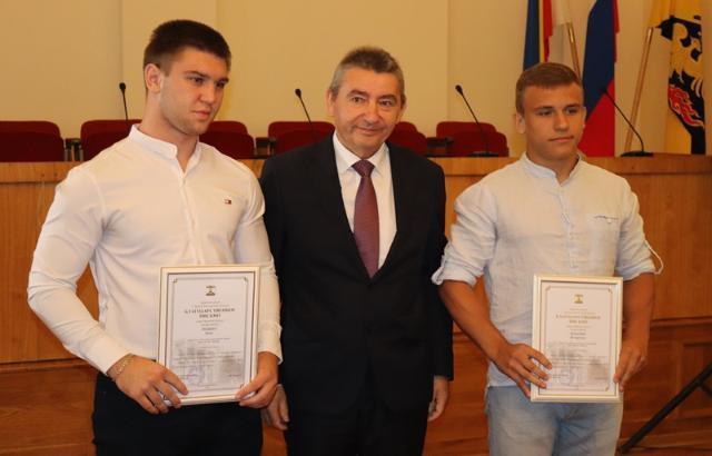 В Шахтах поздравили с профессиональным праздником спортсменов и тренеров