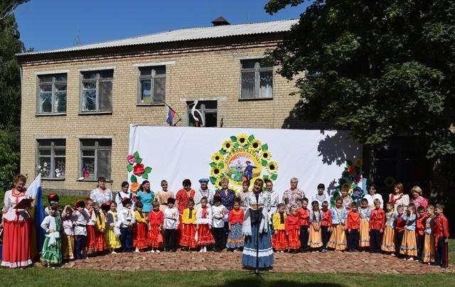 В Шахтах прошел первый слет юных казачат