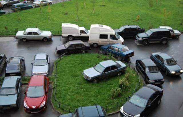 Шахты нашли свое место в рейтинге качества дорог и доступности парковок