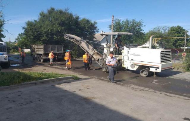 В поселке Аютинском в Шахтах отремонтируют дороги