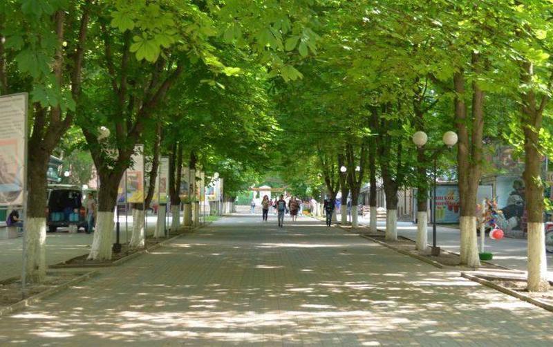 В Шахтах закрывают Александровский парк
