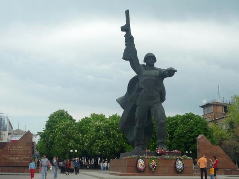 Акция «Спасибо», «Бессмертный полк» и две нашумевшие российские премьеры. Что ждет шахтинцев во вторую волну майских праздников?
