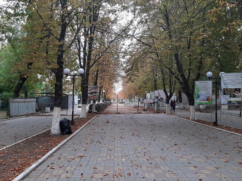 Во время реконструкции Александровского парка в Шахтах обнаружили подземный тоннель?