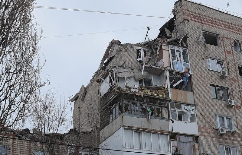 Заместитель губернатора потребовал в несколько смен восстанавливать пострадавший от взрыва дом на Хабарова