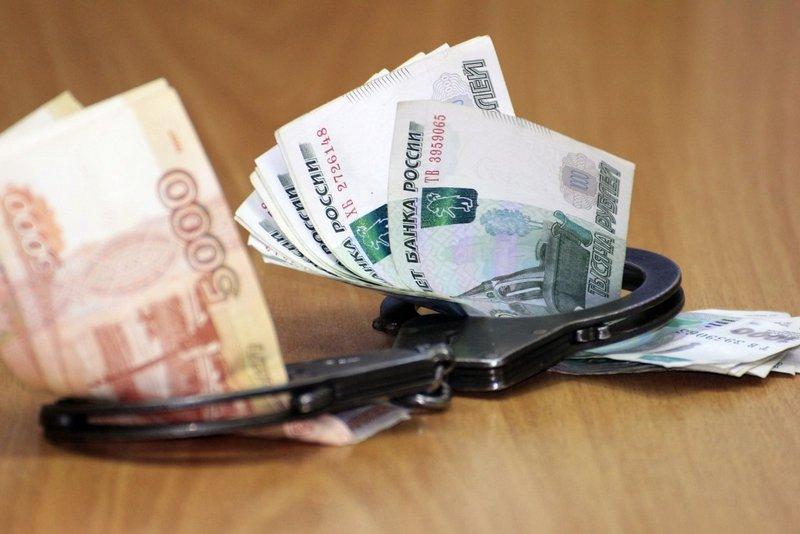 Под Шахтами декан ДонГАУ получила взятку за поступление абитуриентки в вуз