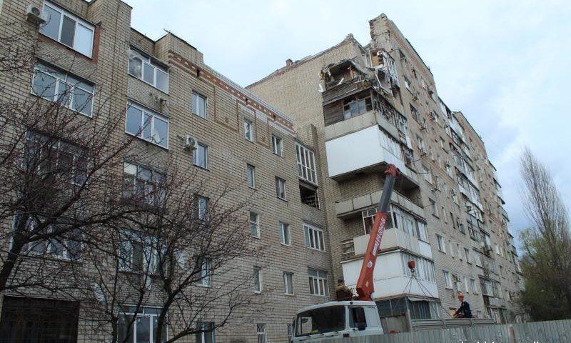 Дворы и прилегающую территорию домов на Хабарова, пострадавших от взрыва, полностью благоустроят