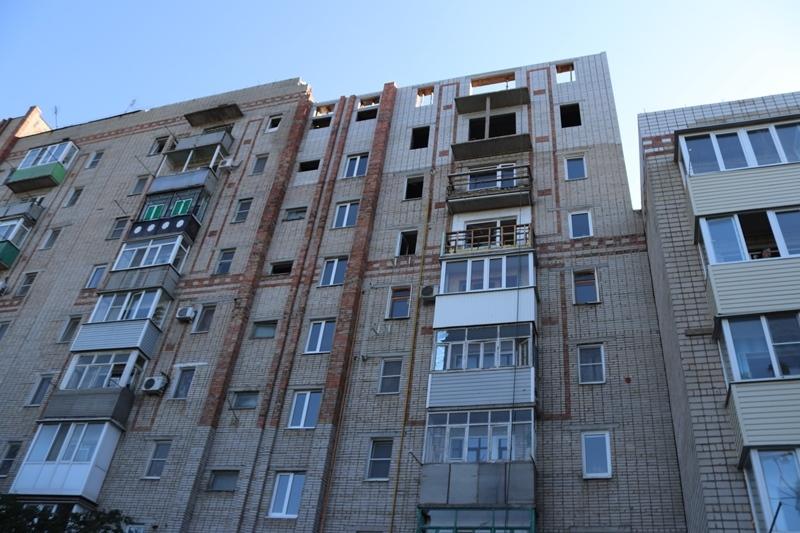 Администрация города показала, как выглядят верхние этажи взорвавшейся многоэтажки на Хабарова снаружи и изнутри