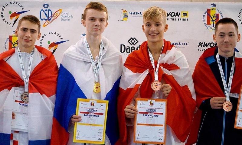 Шахтинцы выиграли еще две медали первенства Европы по тхэквондо