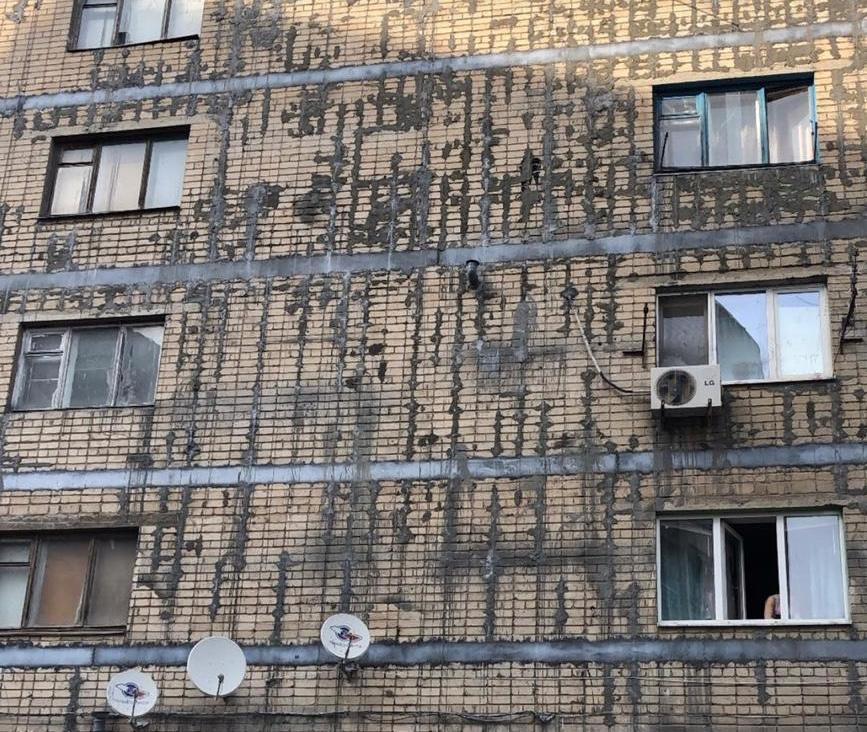Пострадавшие от ремонта: как уродуют шахтинские дома