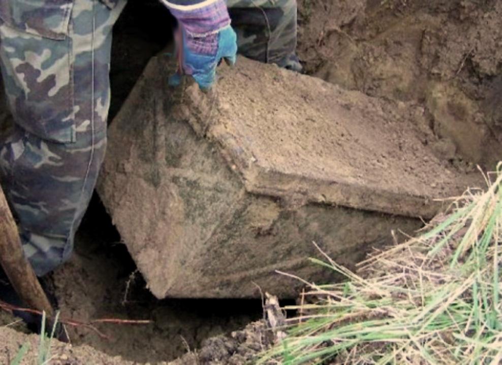 Шахтинские следователи расследуют дело о мумифицированной двухлетней девочке