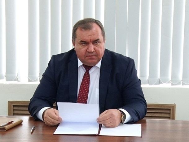 Под Шахтами неизвестные в масках совершили дерзкое нападение на главу Красносулинского района