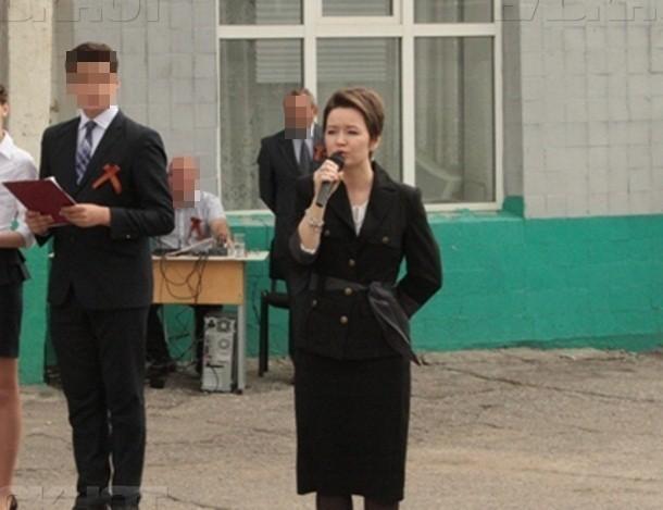 Директор шахтинской школы №5 отобрала у учителей половину выписанных ей же премий